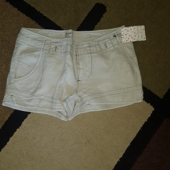 Free People Pants - Free People khaki shorts 6 NWT